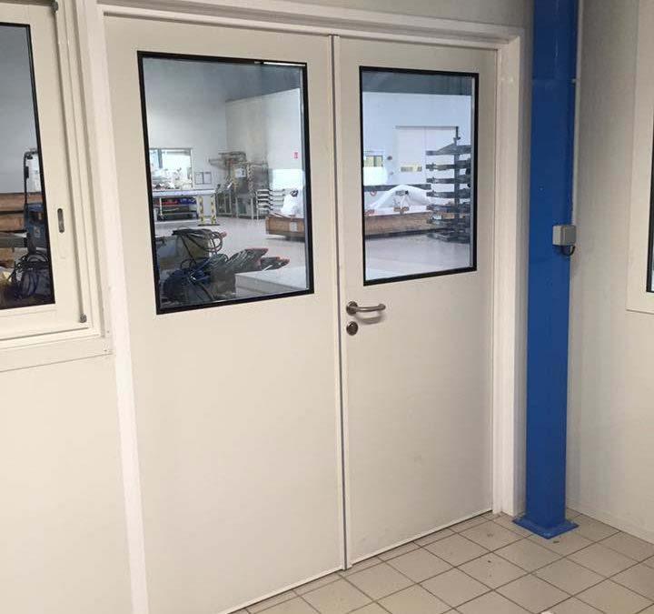 Porte salle propre