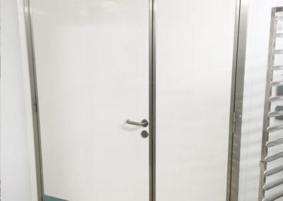 Porte semi-isolante