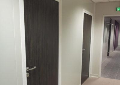 Porte stratifiée huisserie alu SA